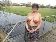 Photos des seins de Sabrinadu5900, au parc