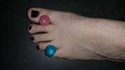Photos des pieds de Laurine, Avec gourmandises...