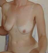 Photos des seins de Laurence4, blanc