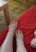 Photos des pieds de Buterfly, Les adorables petits pieds de Ma Femme sont les plus précieux de tous les bijoux